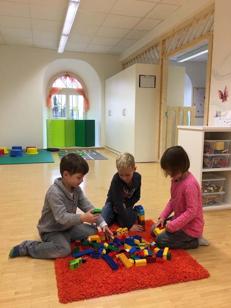 Kinderbetreuung-ist-kein-Kinderspiel